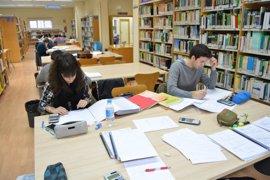 La Universidad de Granada aprueba el adelanto de los exámenes de septiembre