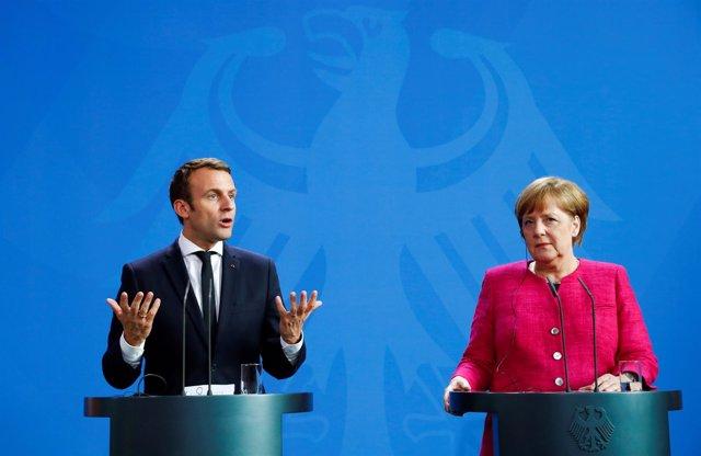 La canciller alemana, Angela Merkel, y el presidente francés, Emmanuel Macron
