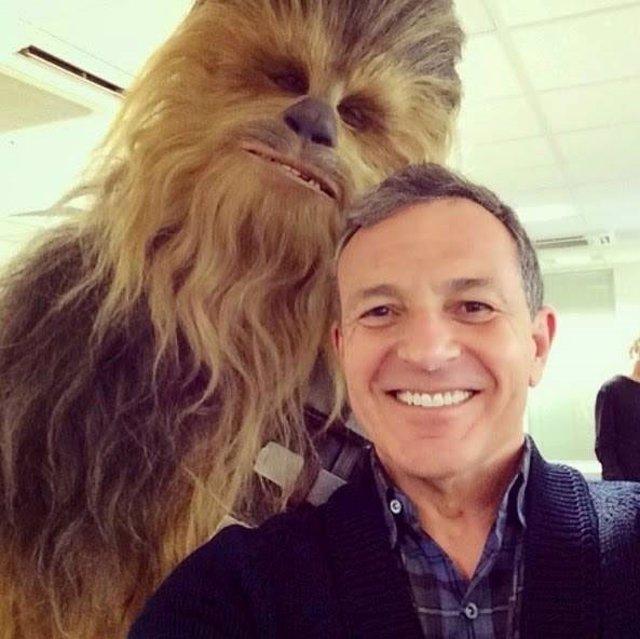 Chewbacca y Bob iger