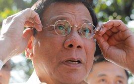 Duterte estudia la posibilidad de declarar la ley marcial en el Mindanao Musulmán