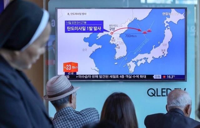 Trayectoria del misil balístico norcoreano