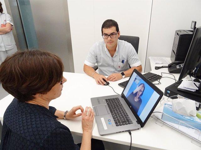El CHN mejora la atención a personas con sordera