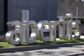 El grupo italiano Atlantia quiere convertir a la española Abertis en su filial en Latinoamérica
