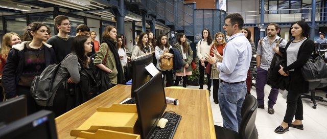 Visita al diario de los estudiantes