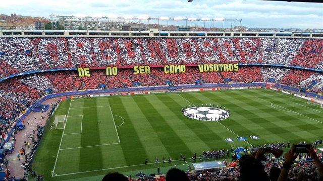 Tifo del Calderón antes del derbi de Champions