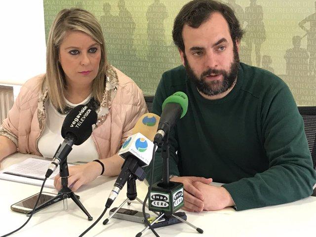 Cristina Viñas y José Otto Oyarbide informan en rueda de prensa