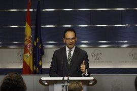 """El PSOE asegura que el Congreso reprobará a Catalá """"por amplia mayoría"""""""