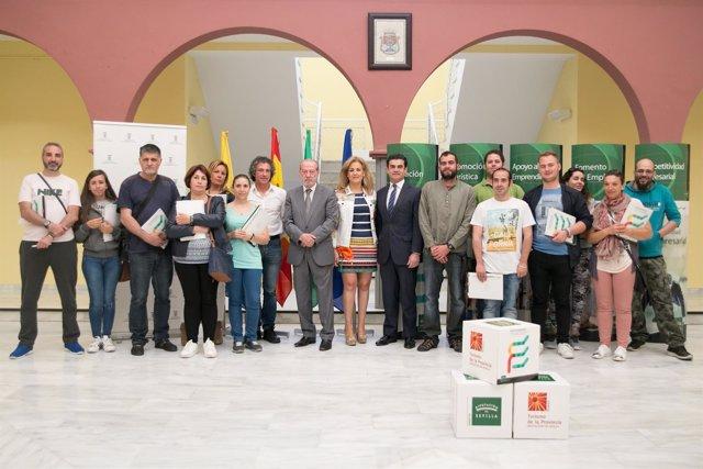 Villalobos inaugura un curso de animación turística en Castilleja de la Cuesta