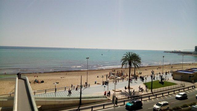 Playa de El Postiguet, en Alicante
