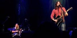 VÍDEO: Foo Fighters estrenan en directo una nueva canción