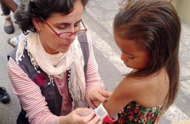Niña con desnutrición en Venezuela