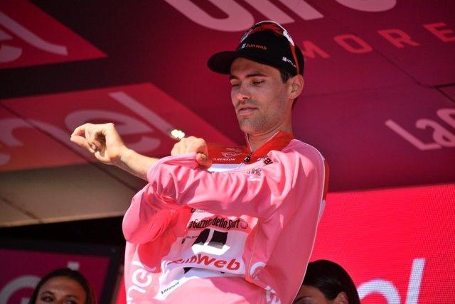 Tom Dumoulin, nuevo líder del Giro