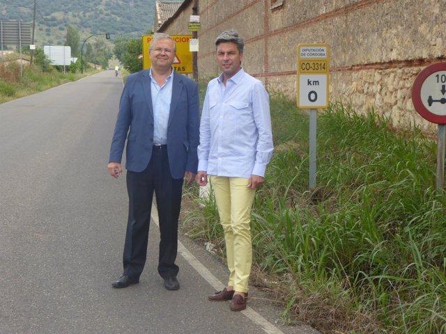 Moreno Calderón y Lorite en el acceso a Medina Azahara