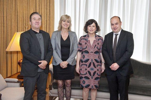 Pello Pellejero, la consejera Ollo, Mª Angeles Elorza y Gorka Alvarez