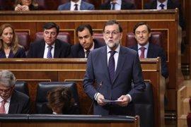 """El presidente expresa su confianza en Catalá y pide al PSOE no hacer """"perder el tiempo"""" con reprobaciones"""