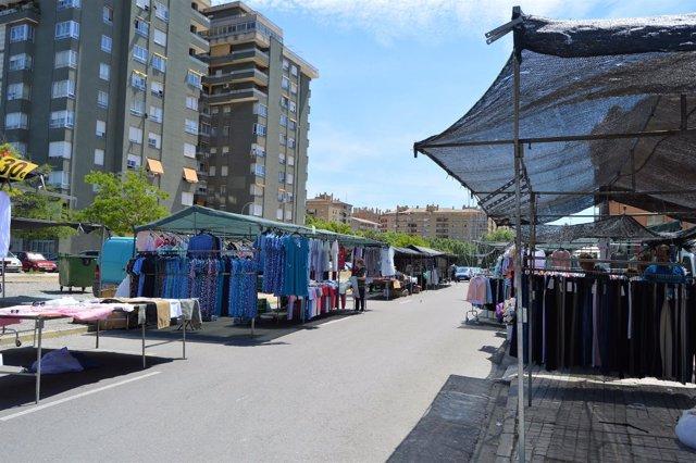 Mercado ambulante de los martes en Huesca