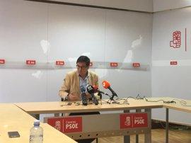 """Óscar López ve a Patxi López como el """"mejor"""" para unir a un PSOE que no esté acomplejado con Podemos ni apoyando al PP"""