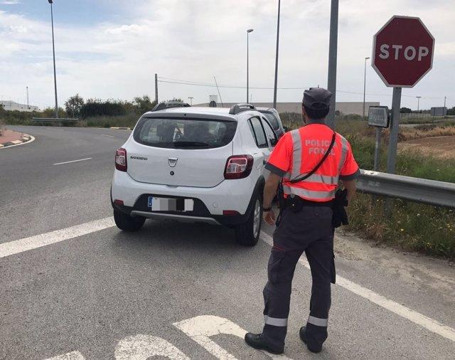 Vehículo inmovilizado en Funes