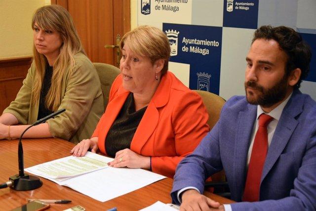 MARTIN PALOP, MORENO Y PEREZ DEL PSOE EN RUEDA DE PRENSA