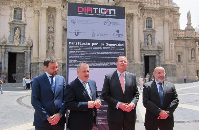 Castejón, Abril, Guillén y Avilés