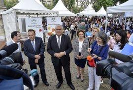 La Junta abre en la Alameda la Feria de Emprendimiento de Sevilla, con más de 1.200 alumnos y 41 centros