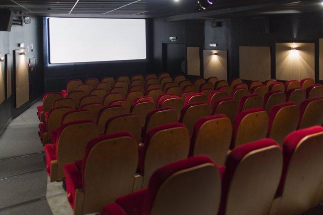 Pantalla de cine, cines, butaca, butacas, taquilla, entrada, entradas, película