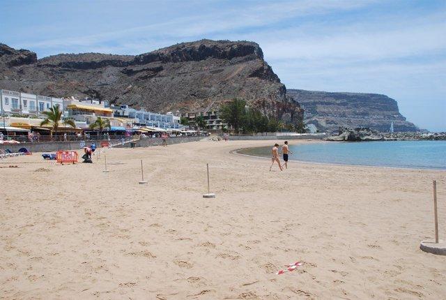 Sanidad Levanta La Prohibición Del Baño En Playa De Mogán