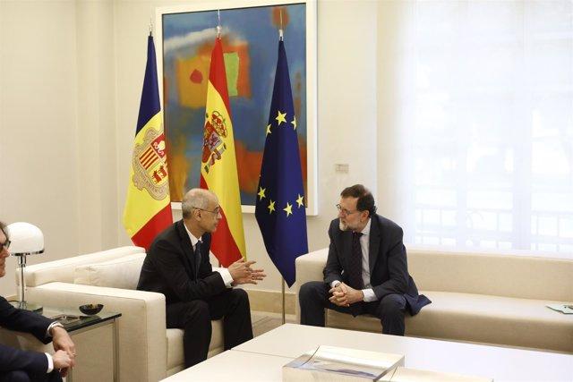 Rajoy recibe en La Moncloa al jefe de Gobierno del Principado de Andorra