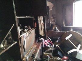 Un incendio provoca daños importantes en una vivienda de Pamplona
