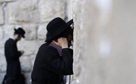 """Palestina ve como """"un buen inicio"""" que Trump visite el Muro de las Lamentaciones sin representantes de Israel"""