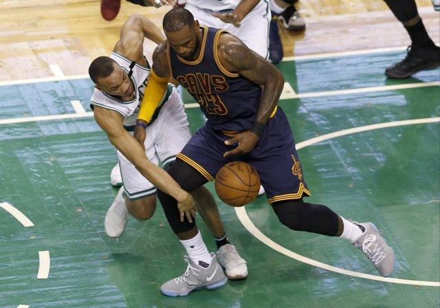 Lebron James en el  Boston Celtics - Cleveland Cavaliers