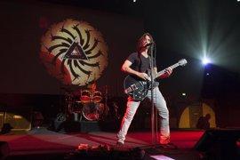 El mundo de la música, conmocionado, despide a Chris Cornell con mensajes en las redes sociales