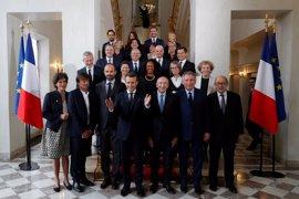 """Macron exige a sus ministros que apoyen a los candidatos de la """"mayoría presidencial"""" en las parlamentarias"""