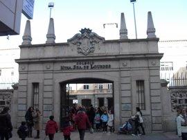 El autor de 'Alex Colt', en el colegio Lourdes de Valladolid
