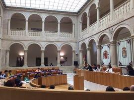 Pleno.- El Parlamento aprueba la Ley de Comunicación y Publicidad Institucional