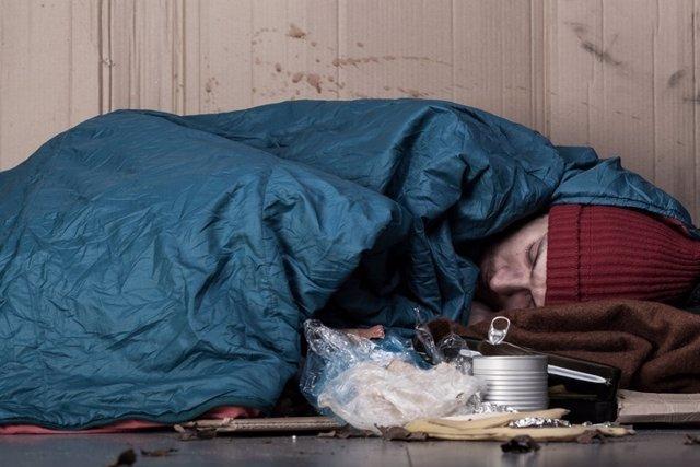 Sin techo, pobre, sin hogar
