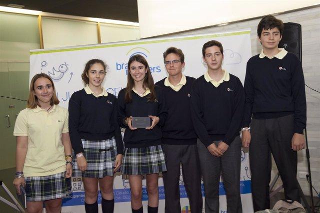 Alumnos ganadores del concurso I Junior CEU EMprende