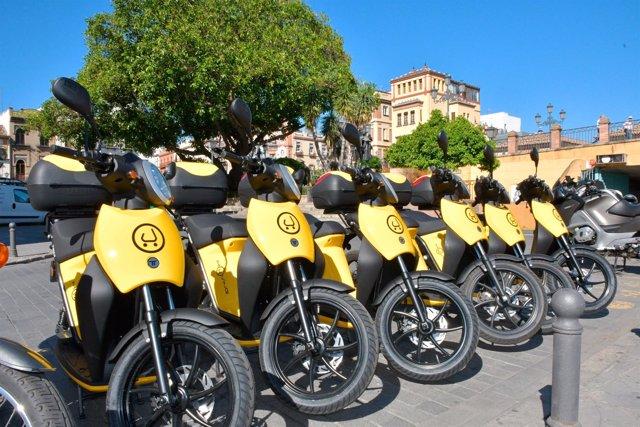 Motos eléctricas de Muving en Sevilla.