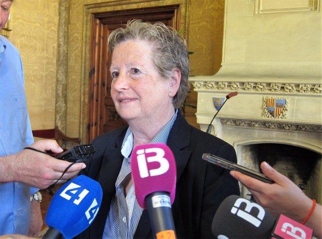 """Serra (Cs): """"Estamos preocupados por la injusta situación que viven los funcionarios interinos del Consell"""""""