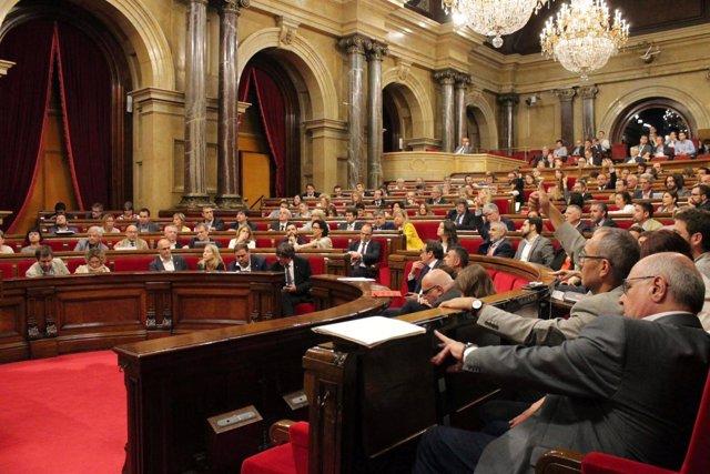 El Parlament Reclama Al Govern L'Acusació De Cdc En El 'Cas Palau'