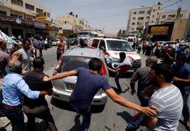 Muere un palestino por disparos de un colono israelí contra manifestantes que apedrearon su coche en Nablus