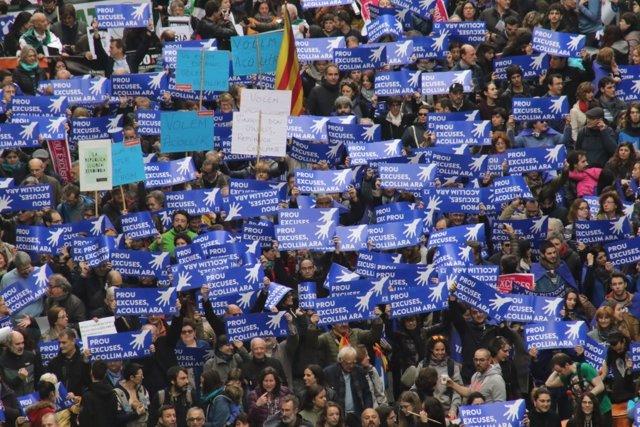 Manifestación  por la acogida de refugiados en Barcelona