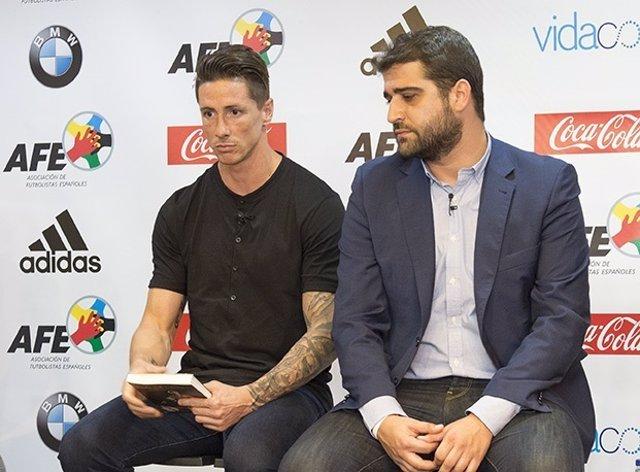 Fernando Torres junto a Gonzalo Matallanas