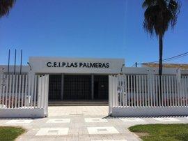 """CEIP 'Las Palmeras' de El Trobal y Ayuntamiento de Los Palacios (Sevilla) se movilizarán contra el """"recorte"""" de líneas"""