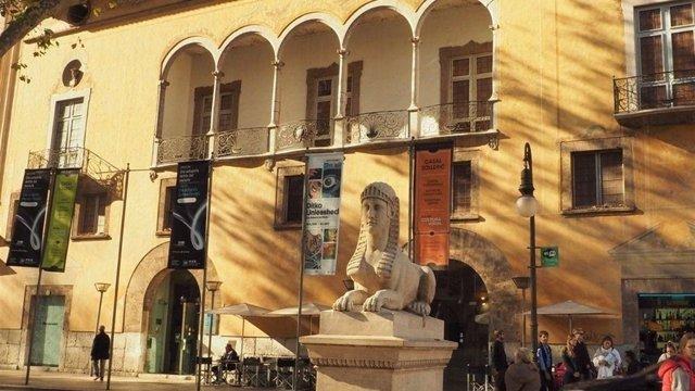 Fachada del Casal Solleric