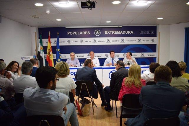 Nota Y Fotografías Pp Extremadura