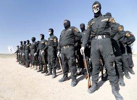 Milicias chiíes iraquíes arrebatan a Estado Islámico una base aérea próxima a la frontera con Siria
