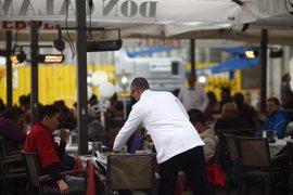 Baleares lidera el incremento de afiliados en turismo en abril