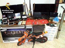 Desarticulado un grupo que perpetró 22 robos en casas de campo en la comarca de Puertollano