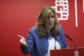 """Susana Díaz no descarta una moción de censura """"en el futuro"""" si es """"constructiva"""" y con apoyo mayoritario"""